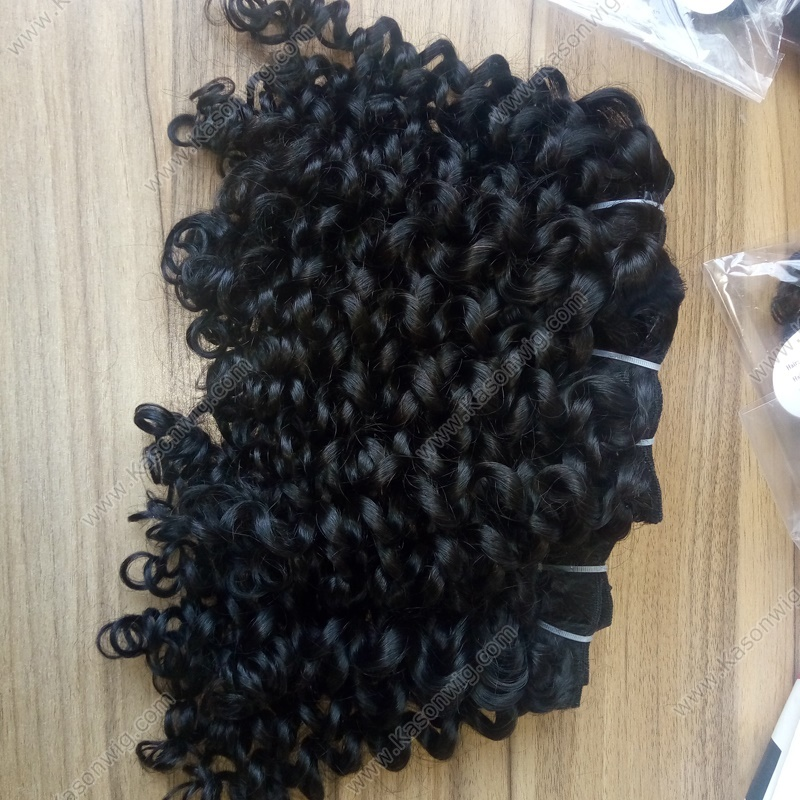 3 Bundles Loose Curly Hair Weave Unprocessed Peruvian Virgin Hair Full And Soft 100% Human Hair Extensions